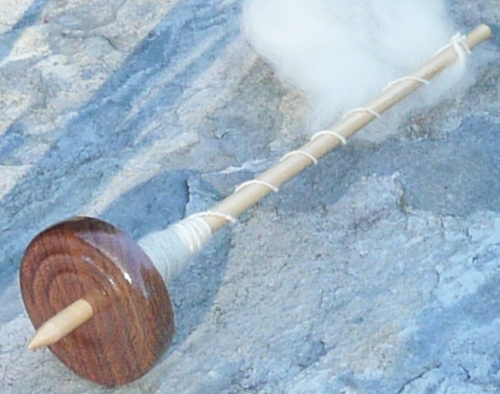 bottom whorl drop spindle, 1oz. walnut whorl on poplar shaft